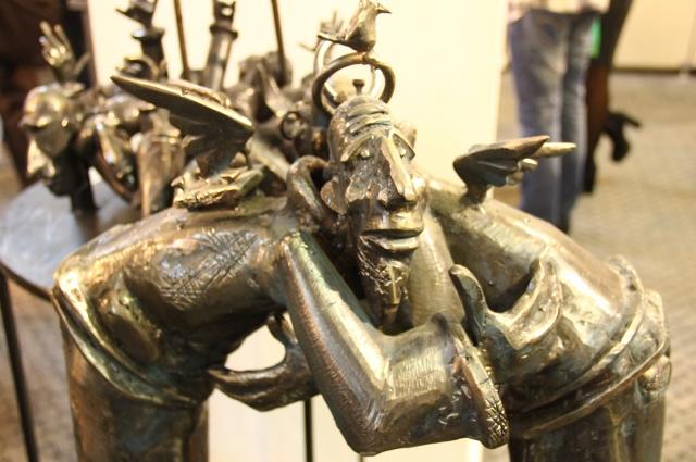 Многие скульптуры отражают смеховую культуру Средневековья.