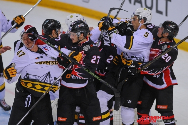 В матче с командой из Череповца борьбы было больше, чем хоккея.