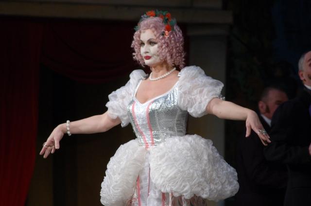 Лиза в музыкальной комедии И. Ковнера «Барышня-крестьянка», 2010 год.