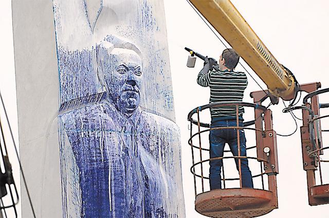 В 2012 г. восстановление памятника обошлось в 2,5млн рублей.
