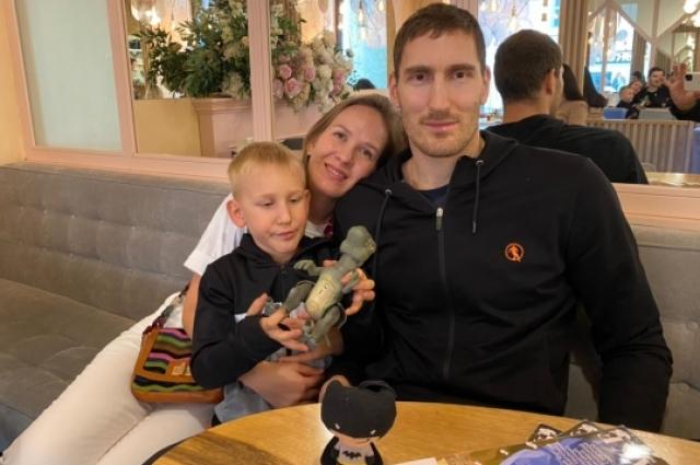 Для семьи Михайлова Казань стала родным городом.