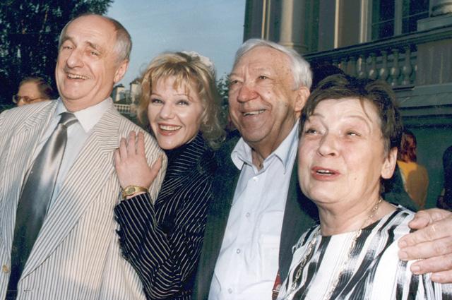 Марк и Александра Захаровы, Юрий и Татьяна Никулины