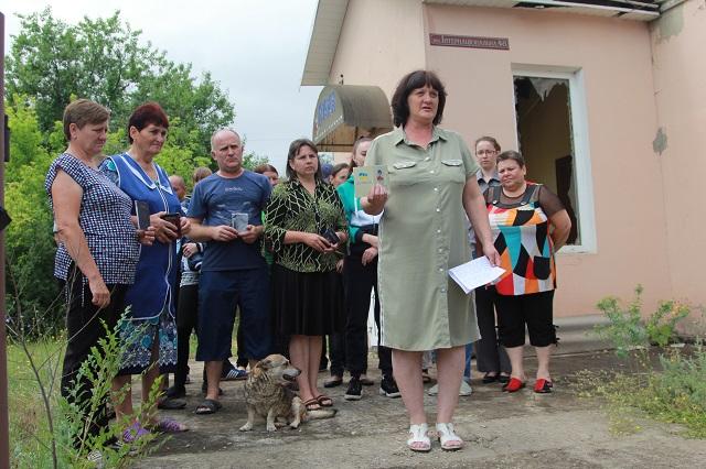 Жители Луганщины требуют наказать власть Украины за военные преступления.