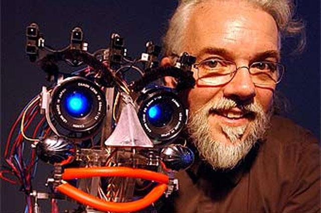 Британский учёный с новой вундервафлей НЕХ-9000