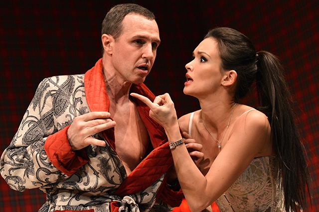 Проект «Театральная Россия» позволяет увидеть спектакли ведущих театров страны на большом экране.