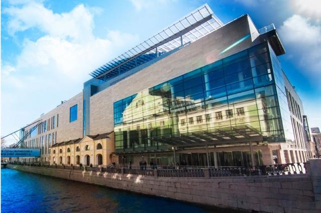 Новая сцена стала третьим по счету зданием театра.