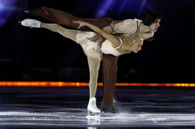 Мария Мухортова и Максим Траньков во время выступления в ледовом шоу Короли льда . 2010 год