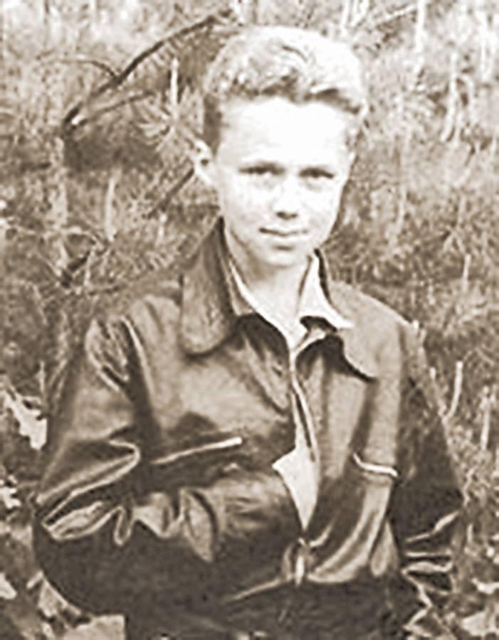 Владимир Шахурин.
