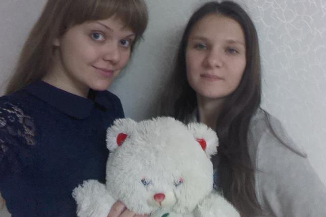 Людмила Нелюбина и Светлана Зверева.