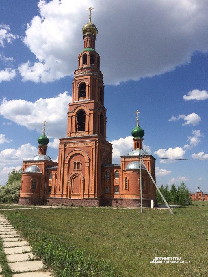 Раньше на месте Ачаирского монастыря располагалась колония.