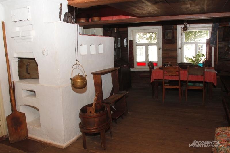 Печка в доме Каширина.