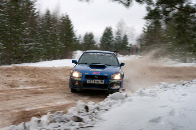 Алексей Петров и Геннадий Карамалак эффектно скользили на заднем приводе.