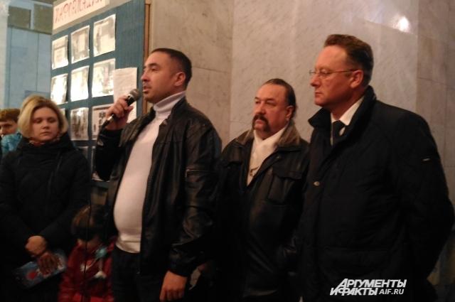 Замглавы Кировского и Московского районов Алексей Петров пообещал юдинцам новую осциальную инфраструктуру.