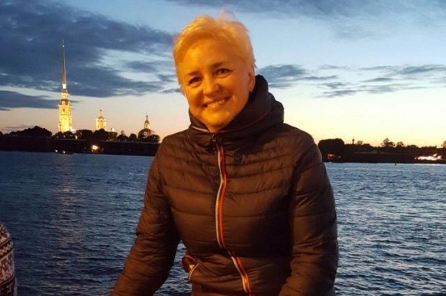 Елена Полякова много путешествовала, но больше всего любила Петербург.