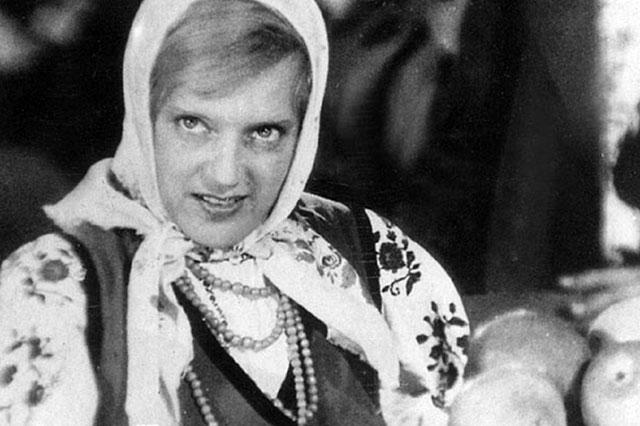 Кадр из фильма «Богатая невеста», 1937 г.