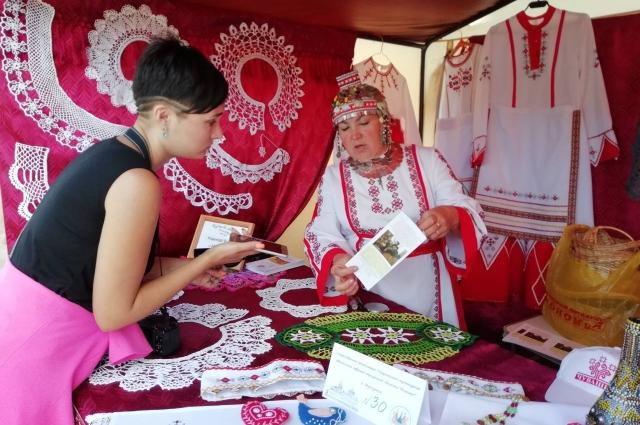 По данным переписи 2010 года, в Иркутской области проживает 4589 чувашей.