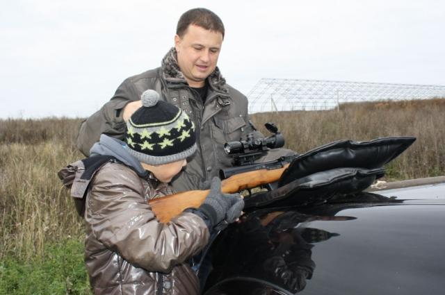 Иван Голенковский с сыном.