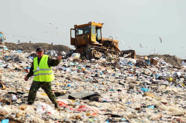 Полигон твердо-бытовых отходов в деревне Парфеново Сергиево-Посадского района