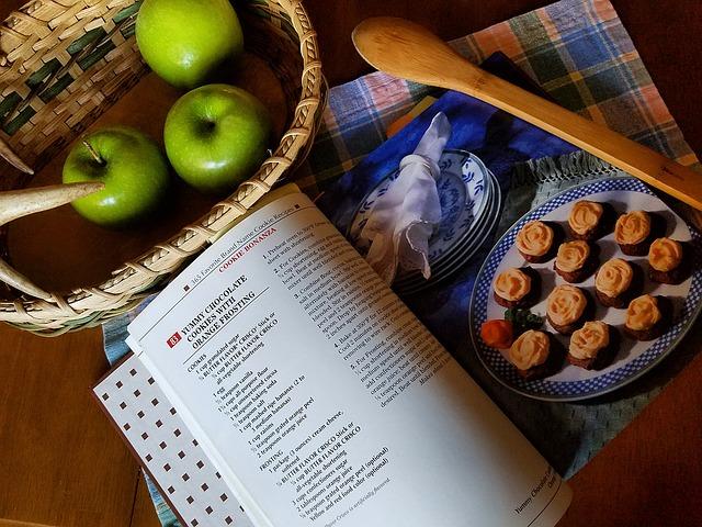 Печёные яблоки хорошо восстанавливают пищеварение.