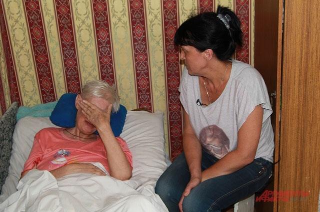 Светлана Федченко забрала бабу Катю из дома родной сестры.