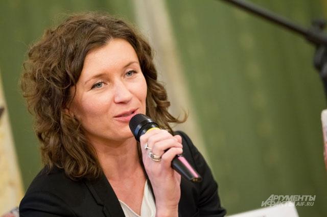 Анита Гиговская, Conde Nast Россия