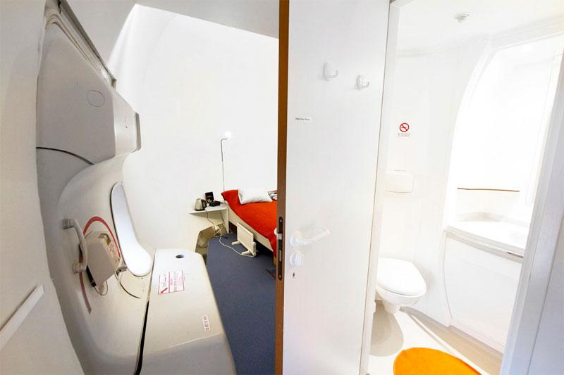 Номер в Boeing-747, переоборудованном в отель