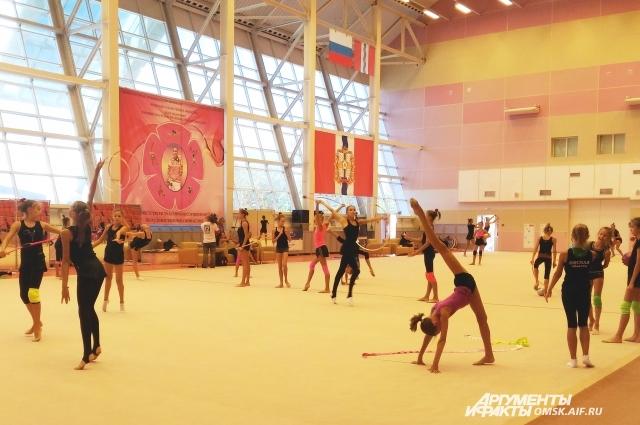 Омская школа гимнастики - одна из самых сильных в стране.