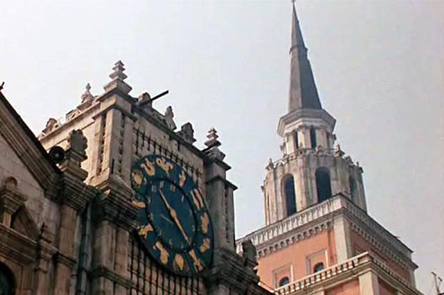 Часы Казанского вокзала со знаками зодиака, которые проектировал знаменитый архитектор Щусев.