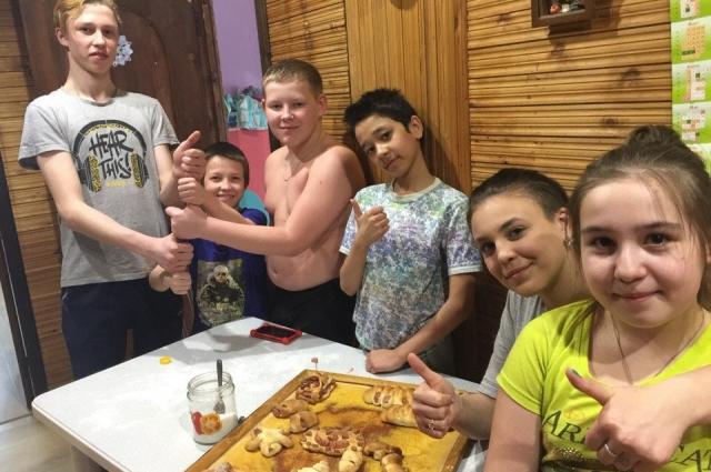 В большой семье часто проводятся конкурсы на лучшую выпечку.