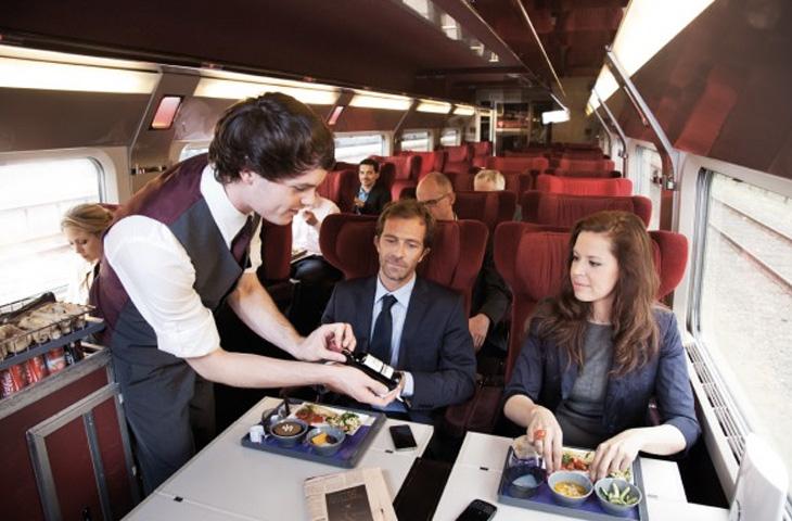 поезд во франции