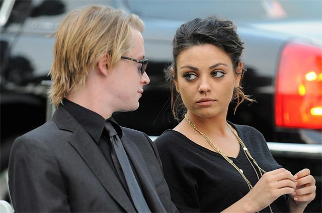 Маколей Калкин и Мила Кунис. 2009 г.