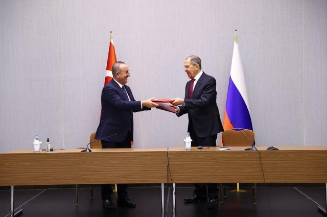 Сергей Лавров и министр иностранных дел Турции М.Чавушоглу.