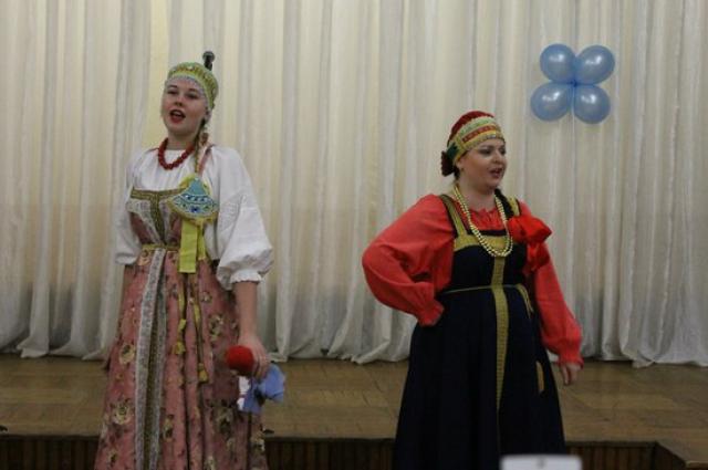 «Плескава». Виктория Воронцова (справа).