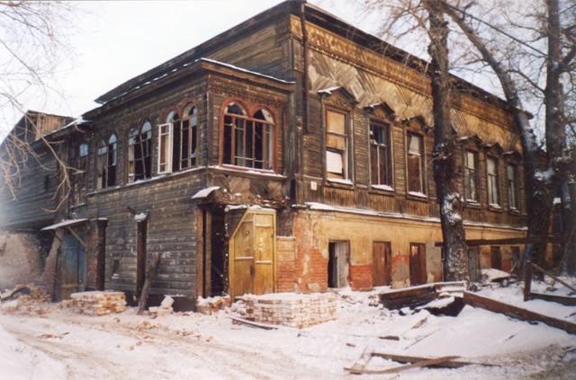 Дом Бехтерева в Казани. Декабрь. 2002г.