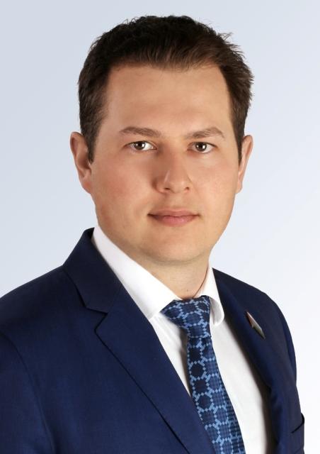 член фракции ЛДПР, заместитель председателя комитета по социальной политике, член комитета по государственному строительству и местному самоуправлению Глеб Трубин