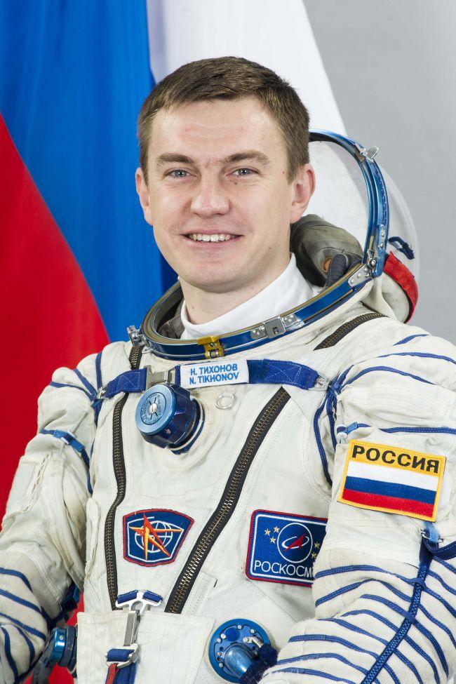 В январе 2011 года Тихонов был зачислен в отряд космонавтов Роскосмоса