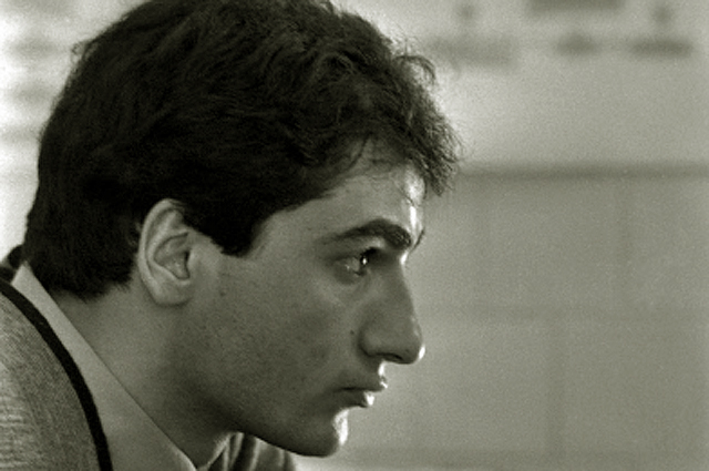 Студент Самвел Гарибян. Ростовский государственный университет имени М.А. Суслова. 1986 год