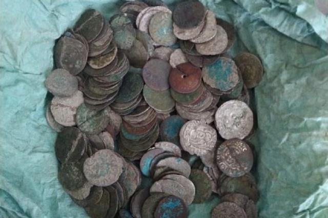 монеты времен кельтской и Римской культур.
