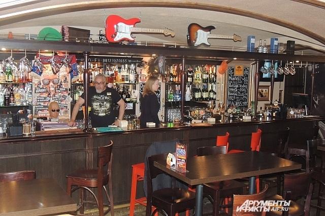 Из Rock Pub гости уходят, не рассчитавшись