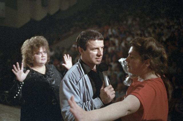 Лечебный сеанс Анатолия Кашпировского. 1989 год