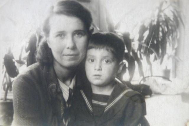 Филиппова с сыном