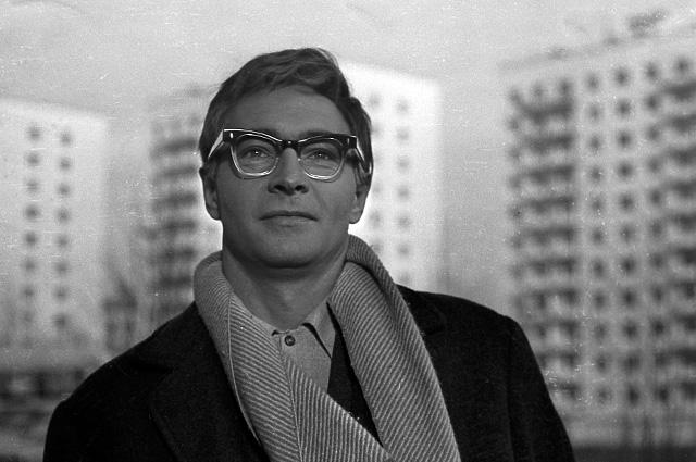 Вячеслав Тихонов в фильме «Доживём до понедельника», 1968 год