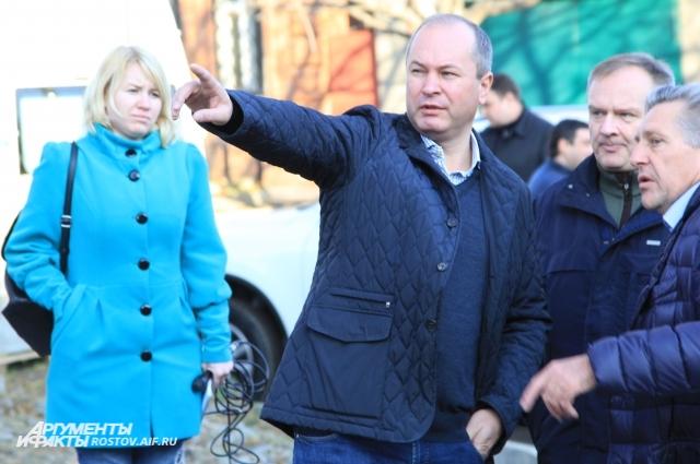 Глава администрации Ростова Виталий Кушнарёв на объезде города.