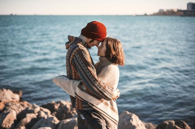 Поцелуй - приятный способ выразить свои эмоции и чувства.