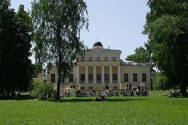 Усадьба Тютчева в Брянской области.