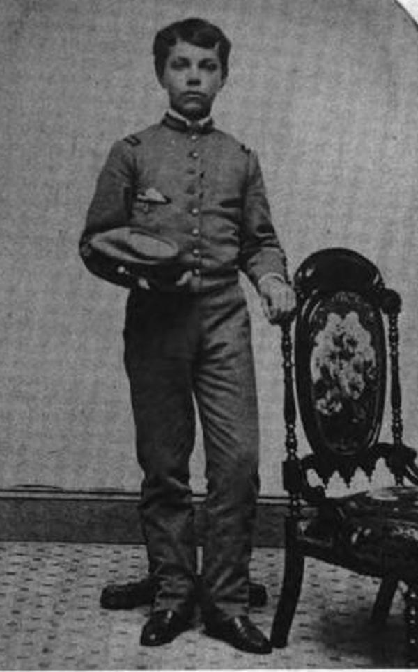 Юный Баум - кадет Пиксхиллской военной академии.