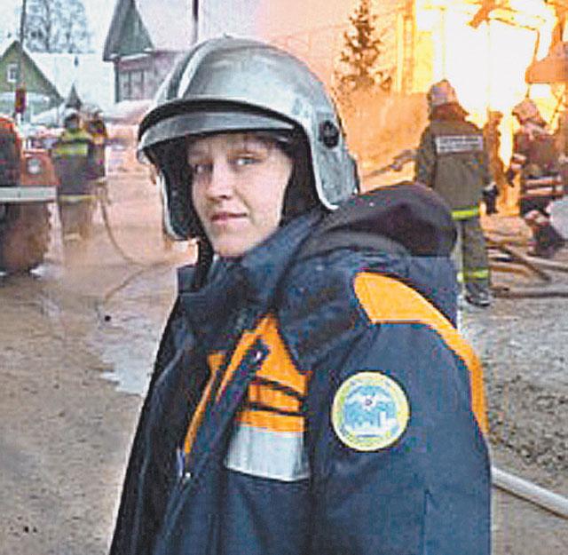 Единственная в Архангельске девушка-спасатель работает наравне с мужчинами