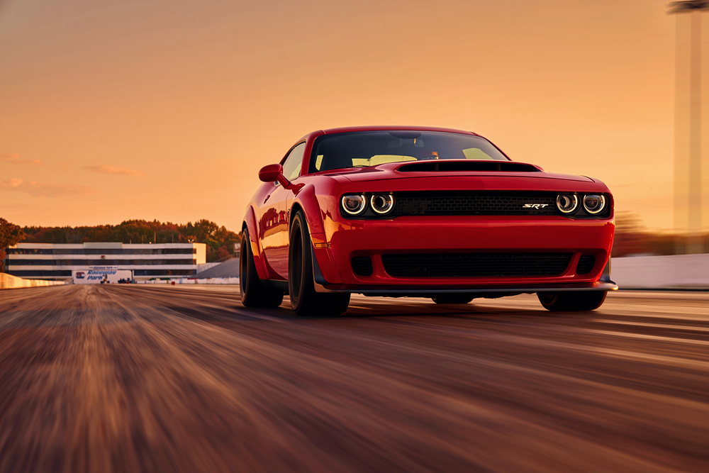 Dodge Challenger SRT Demon.