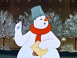 Снеговик-ротозей выполнил свой долг и передал Деду Морозу письма малышей.