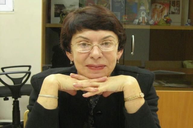 Галина Сокур ещё с молодости увлечена театром.
